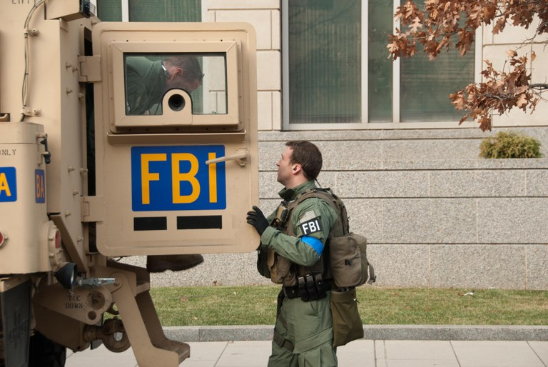 FBI Agents at Back of Vehicle during 2009 Inauguration