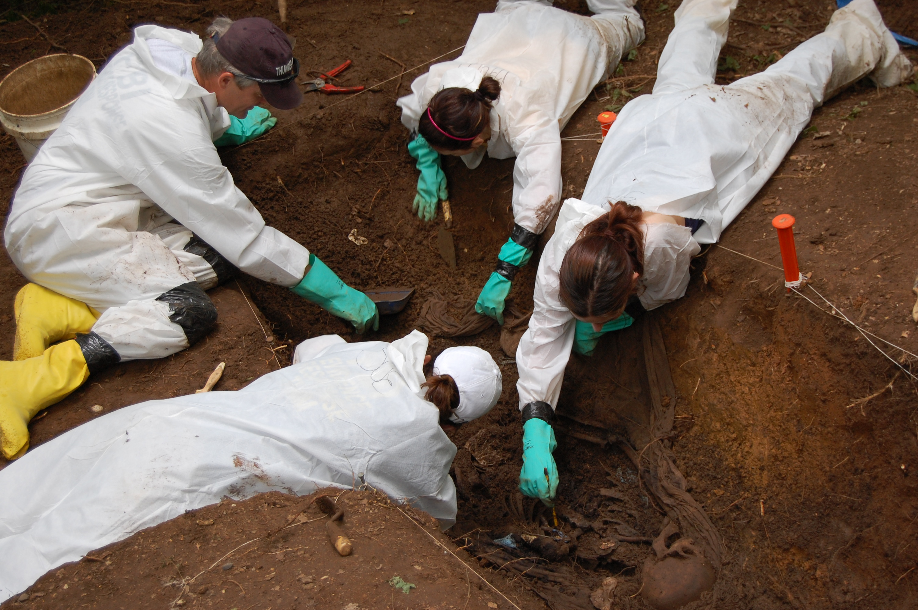 Body Farm 2009: Students Excavate a Site