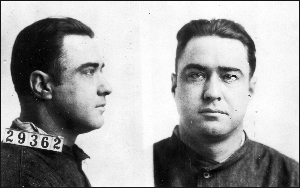 George Kelly and his gang kidnapped a wealthy oil magnate in 1933. Kelly was captured by FBI agents.