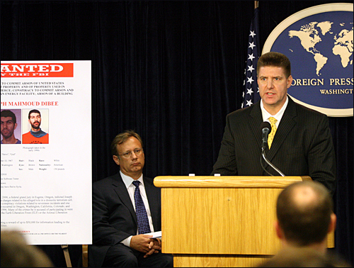 FBI Deputy Assistant Director Ward speaks at the press conference. With him is Portland Assistant Special Agent in Charge Daniel Nielsen.