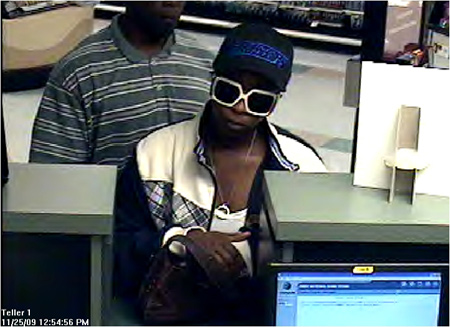 Houston Bank Robbery Suspects, Photo 2 of 2 (11/25/09)