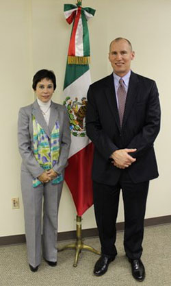 SAC Michael Kaste and Mexican Consul Alicia Kerber