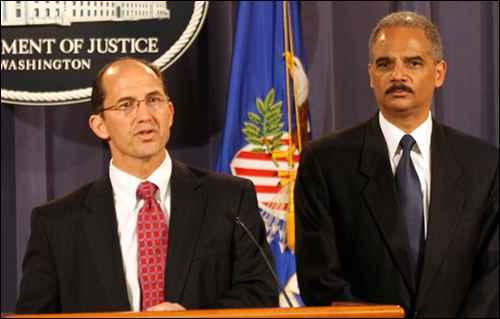 Sean Joyce, Eric Holder