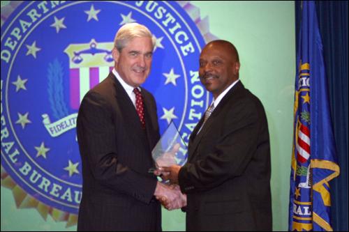 Seattle field office Director's Community Leadership Award 2011