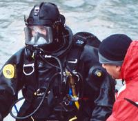 Dive team members