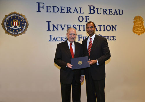 Governor Winter Receives Award from FBI Jackson (12/7/12)