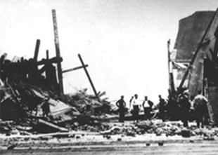 """Black Tom"" railroad post-blast scene in 1916"